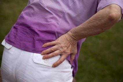 Боль в тазобедренном суставе отдающая в ногу