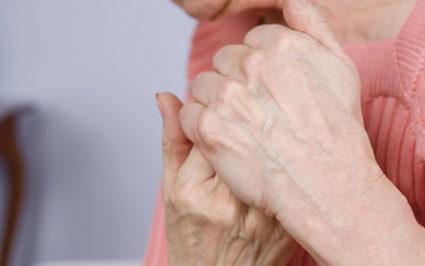 Болит большой палец на руке