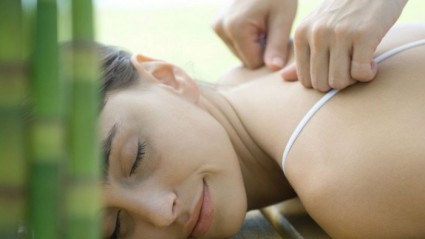 МАзи и гели используют при массажах