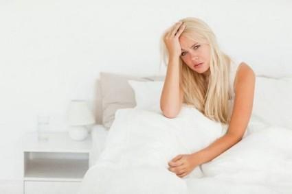Вследствие нарушения мозгового кровообращения, страдает давление