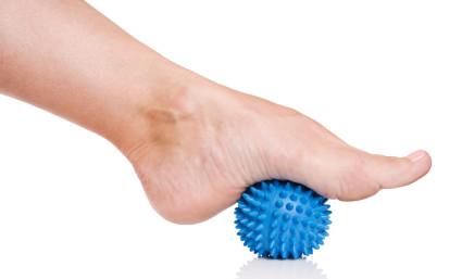 Лечение остеоартроза голеностопного сустава заключается в устранении причины, вызвавшей заболевание