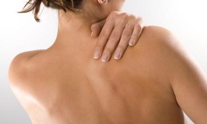 Сквозняк и переохлаждение могут стать причиной возникновения боли