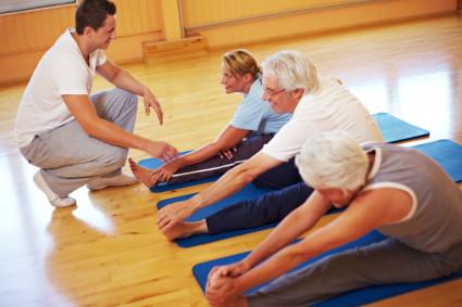 Когда беспокоит очень сильная боль, то упражнение стоит вовсе прекратить