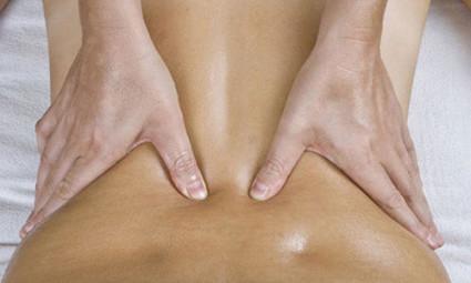 При массаже кости становятся в изначальное положение, освобождая нервные волокна