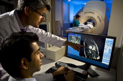 После обращения в медицинское учреждение больному обязательно придется пройти диагностическое обследование