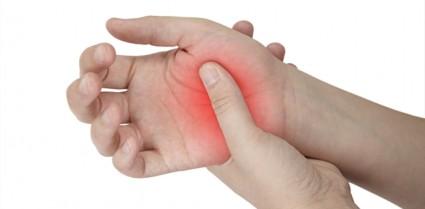 Для уточнения диагноза у взрослого или у ребенка, нужно пройти консультацию невролога или ортопеда