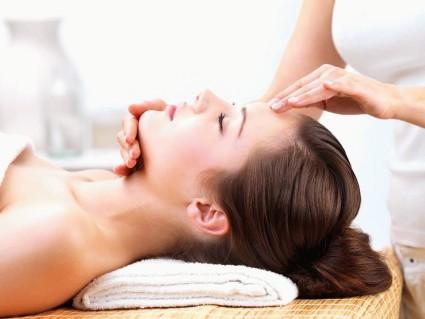 Лечить с помощью массажа невралгию нужно регулярно