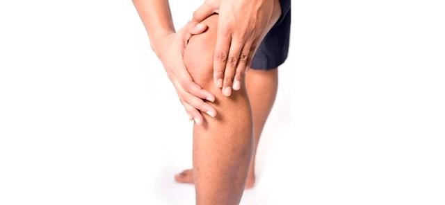 Сильно болят колени чем и как лечить