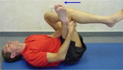 Нужен массаж, гимнастика, прием медикаментов