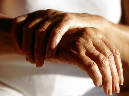 чем снять боль в суставах рук народные средства