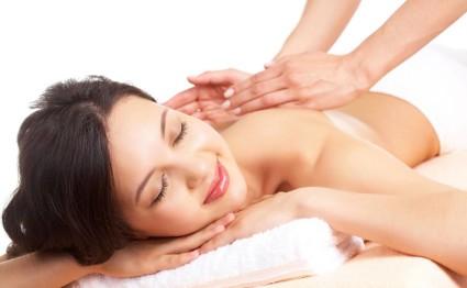 Лечить нарушения можно с помощью массажа