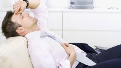 Среди взрослых чаще встречается раздраженность и бессонница