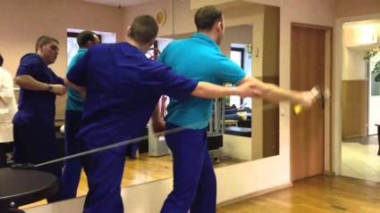 Занятия для мышц рук подбираются индивидуально врачом
