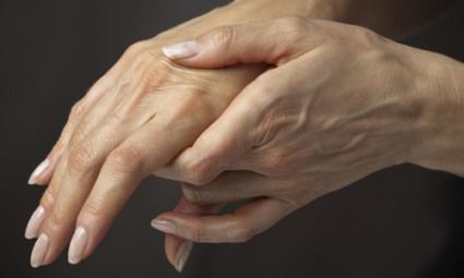 Артроз кистей рук чаще встречается у женщин