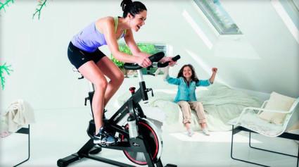 Врачи прописывают профилактические занятия на велотренажере