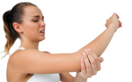 После получения ушиба происходит кровоизлияние в мягких тканях