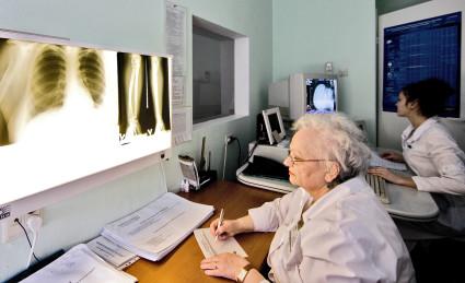 Рентген делают с целью постановки, последующего уточнения диагноза