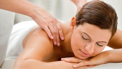 Массаж является наиболее благоприятным методом лечения остеохондроза
