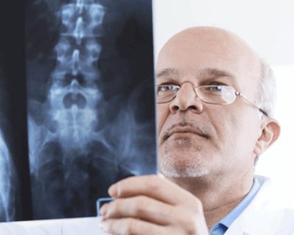 Чтобы подобрать необходимое лечение необходимо собрать тщательный анамнез