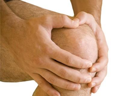Врач должен убедиться, что нет перелома или же трещины костей