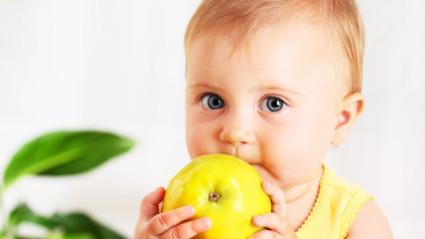 Важно насытить детский организм витамином С