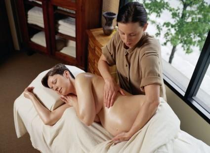 При беременности острая боль лечится массажами