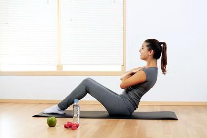 Когда заболевание отступает, начинается период ремиссии, для позвоночника показаны другие упражнения