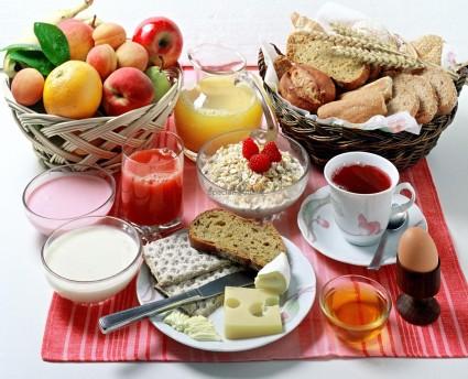 Нужно правильно включать в пищу нужные продукты