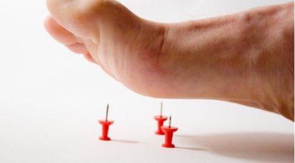 Снизьте нагрузку на пострадавшую ступню