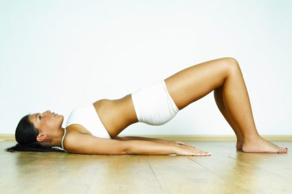 Попробуйте упражнение с эластичной лентой