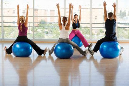 Тренировка для похудения включает в себя и специальные упражнения
