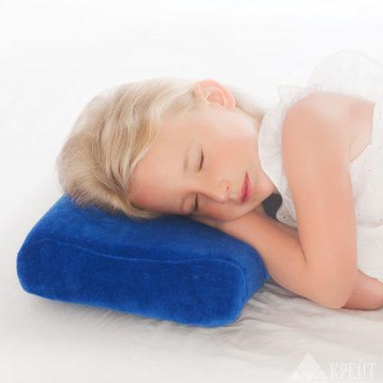 Детская ортопедическая подушка важна для правильного развития