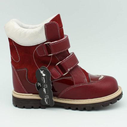 Кожаные текстильные ботинки и сапоги способствуют прохождению воздуха в них