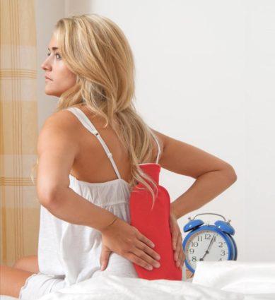 Болевые ощущения перед месячными могут быть вызваны некоторыми физиологическими свойствами женского организма