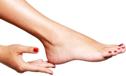 Для снятия боли часто рекомендуется Анальгин, а в дополнение - йодотерапия