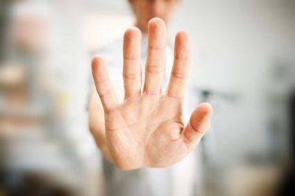 Туннельный синдром запястья может возникать по разным причинам