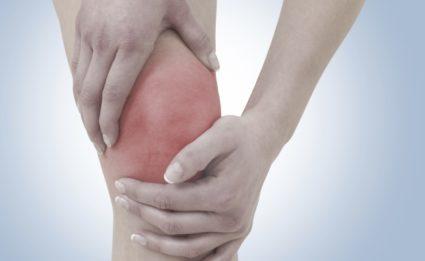 Хронический артрит лечится под контролем доктора
