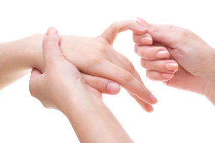 Артрит, поражает практически все суставы в организме