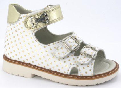 Мнения специалистов по поводу ортопедической обуви разнятся