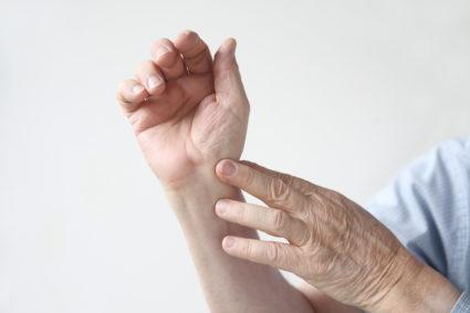 Миозит может стать причиной болей в мышцах