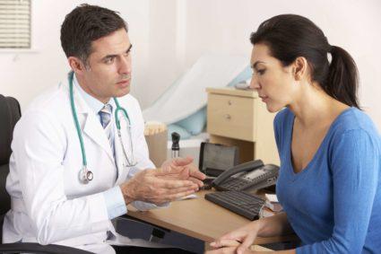 При первых симптомах следует обратиться к врачу