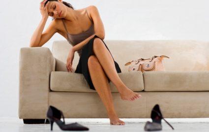 Причины подвывиха заключаются в наличии ожирения и слабых связок