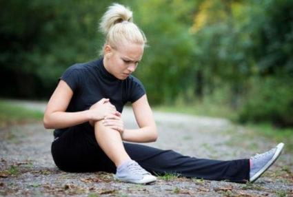 Когда болят колени, мы вспоминаем народные средства лечения