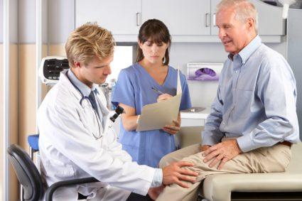 Причины болей могут заключаться и во всевозможных травмах