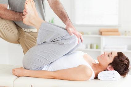 Эндопротезирование предполагает замену повреждённого сустава