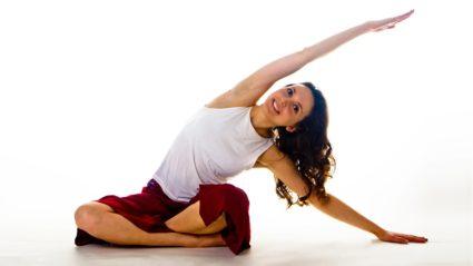 Йогатерапия, созданная Татьяной Дудиной, является одной из самых популярных
