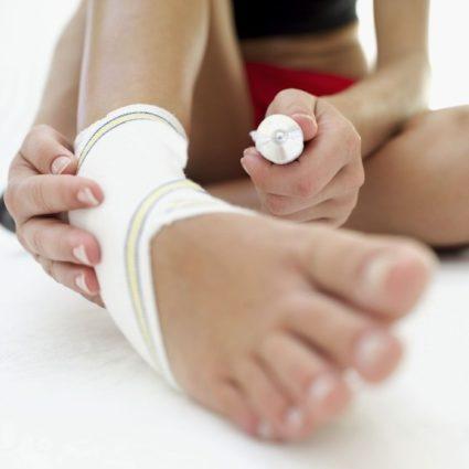 Основным методом лечения выступает терапия противовоспалительными средствами