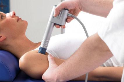 Врач при диагностировании патологии назначает проведение физиопроцедур