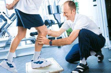 Артроскопия коленного сустава,обеспечивает куда более быстрое восстановление