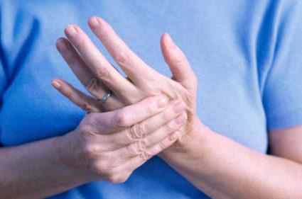 пальцы на левой руке